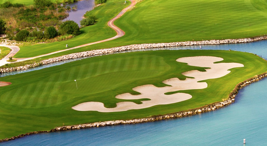 golf course at Puerto Cancun