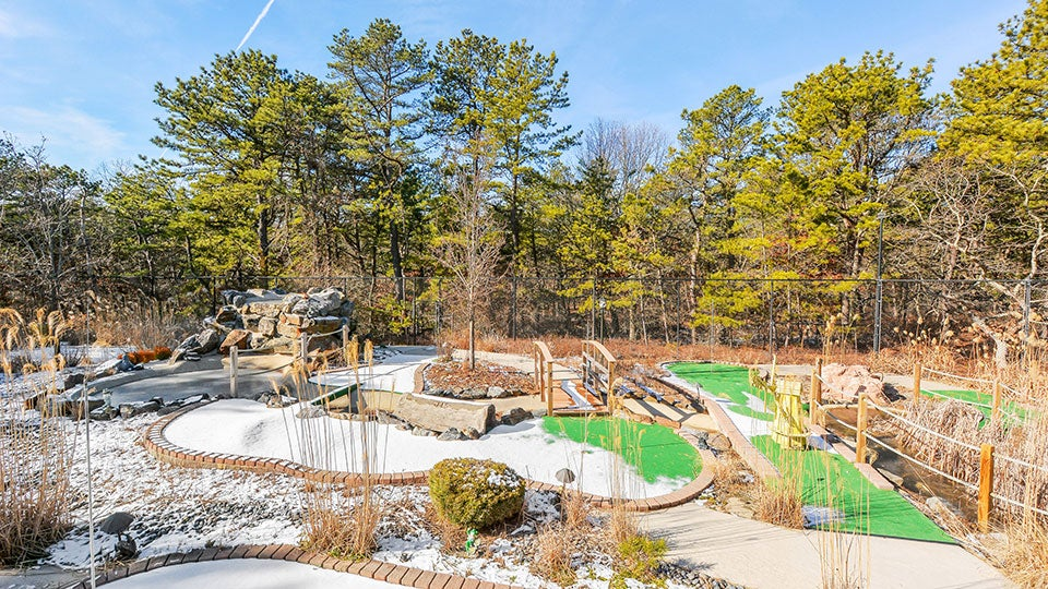 211WhippoorwillLn_Golf-Course-with-Snow---Credit-Corcoran-Group.jpg