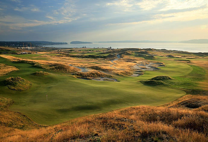 A wide view of Chambers Bay with the 7th Hole in the foreground