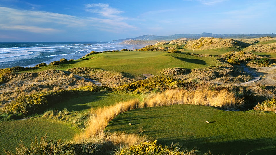9. Bandon Dunes Golf Resort, Bandon, Ore. (Pictured: Pacific Dunes)