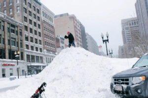 Boston Snow Golfer.jpg