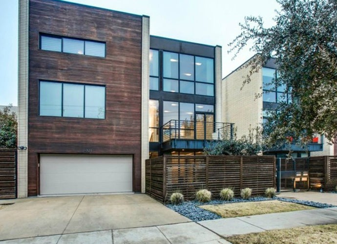 Exterior-of-4321-Travis-St.-in-Dallas_103422.jpg