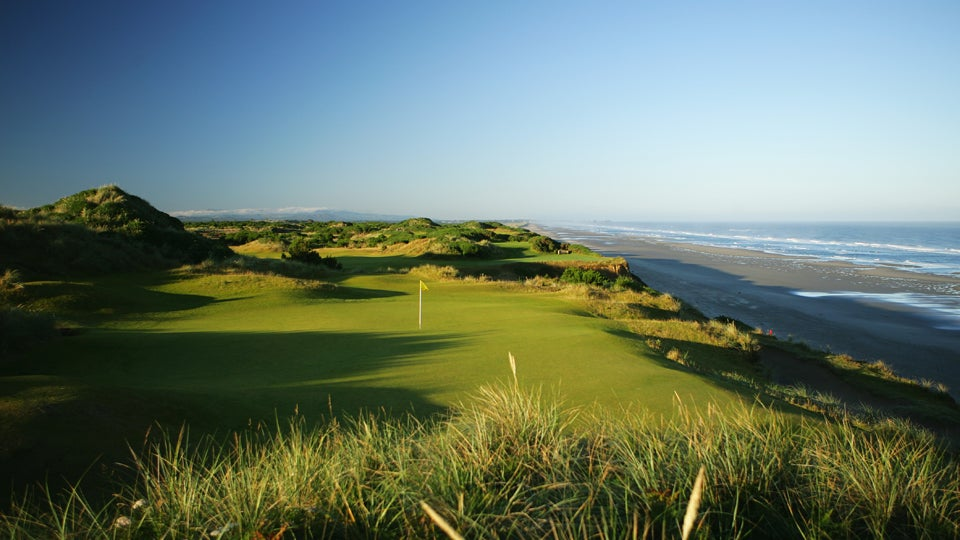 7. 11th Hole, Pacific Dunes, Bandon Ore.; par 3, 148 yards