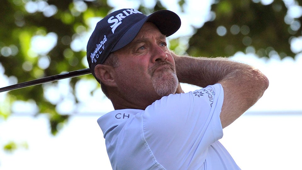 Journeyman Jerry Kelly, 48, fired a 7-under 65 on Friday to join Na in the lead.