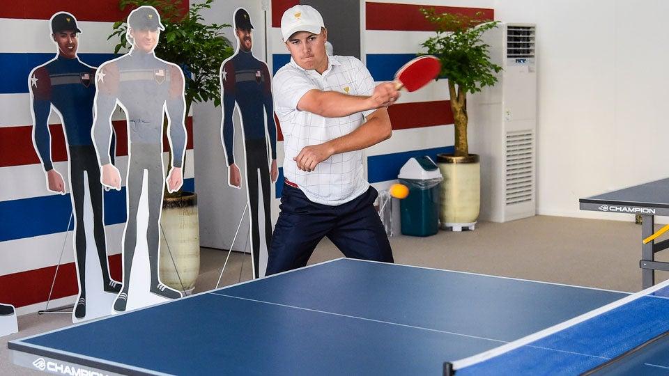 Jordan-Spieth-Pong.jpg