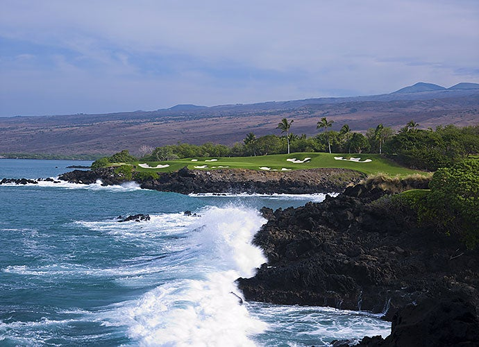 10. 3rd Hole, Mauna Kea Golf Course, Big Island, Hawaii; par 3, 272 yards