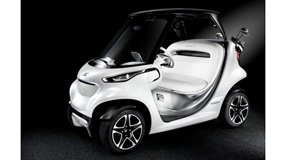 Mercedes-Golf-Car.jpg