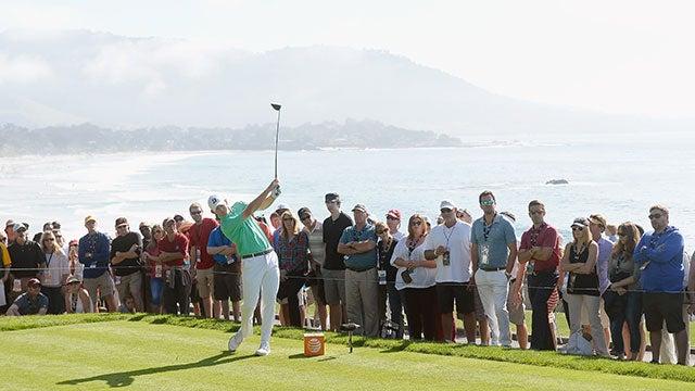Pebble-Beach-Golf-Fans.jpg