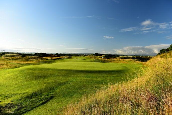 Par-4 10th hole, 'Sandhills'