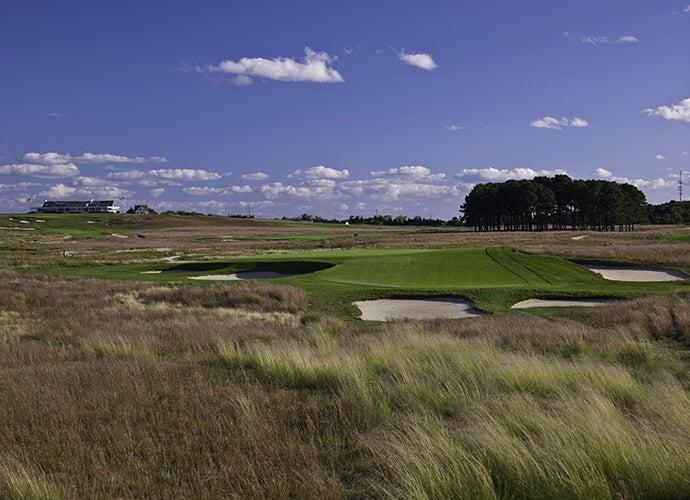 7. Shinnecock Hills Golf Club, Southampton, N.Y.; 7th hole, 189 yards, par 3