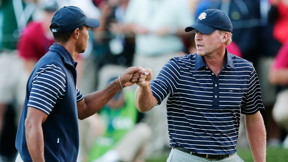 Steve-Stricker-Tiger-Woods-Golf-Live.jpg