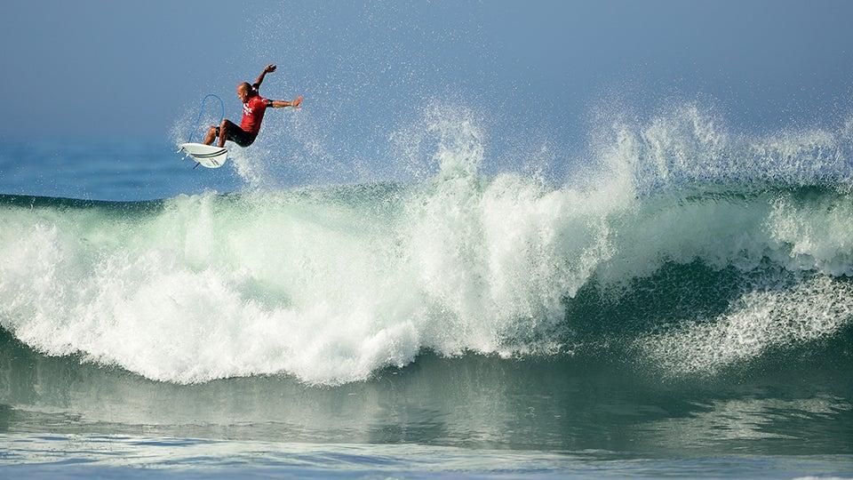 Surfing_Robert-Beck.jpg