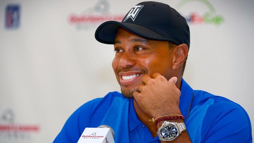 Tiger-Woods-Quicken-Loans.jpg
