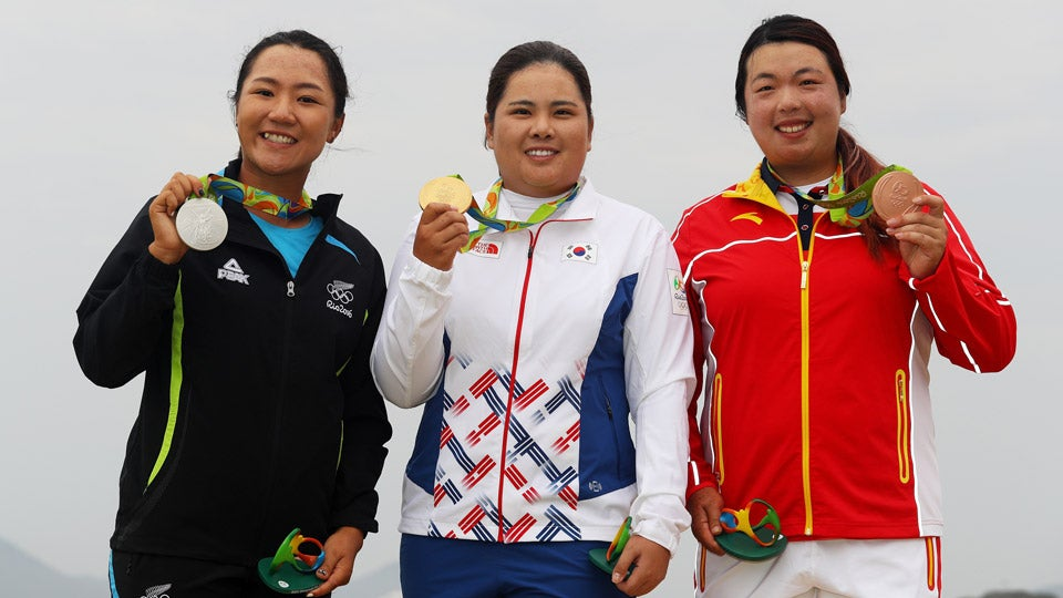 medal-podium-womens-golf-olympics.jpg