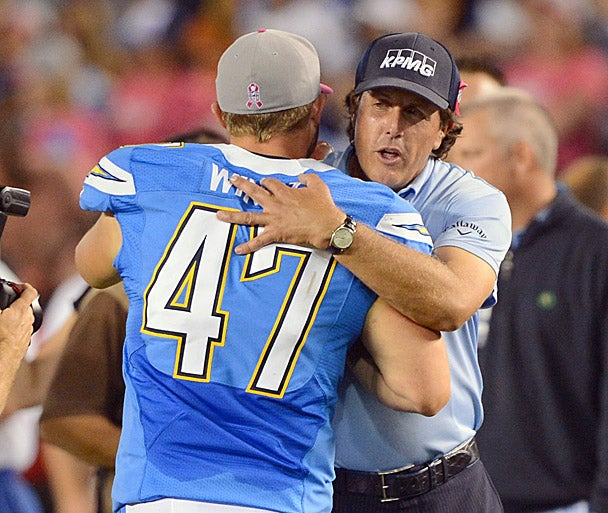 phil-mickelson-chargers_608x513.jpg