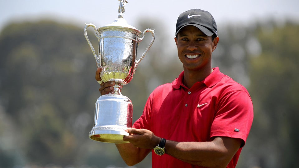 tiger-woods-us-open-2008-trophy_960.jpg