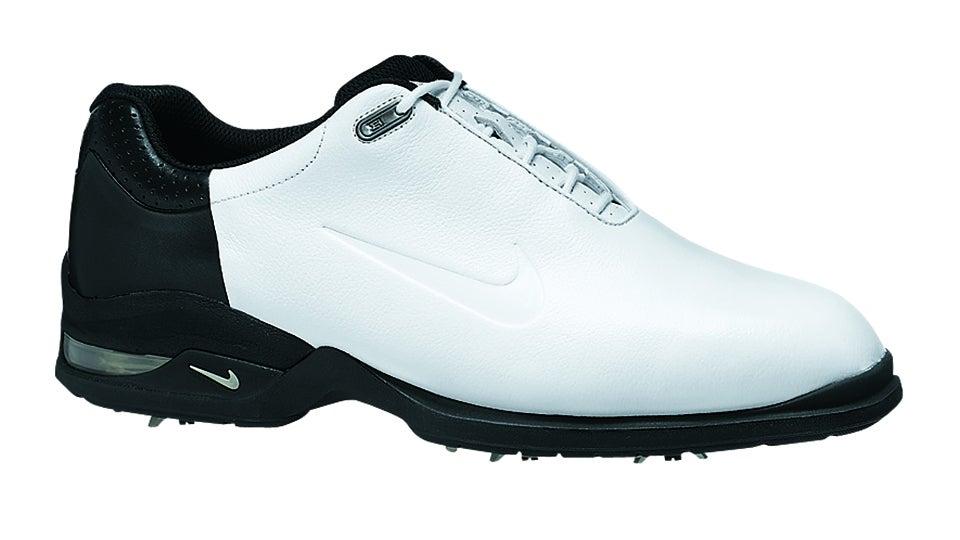 Tiger Woods  Nike Golf Shoes Through the Years 251e169fe