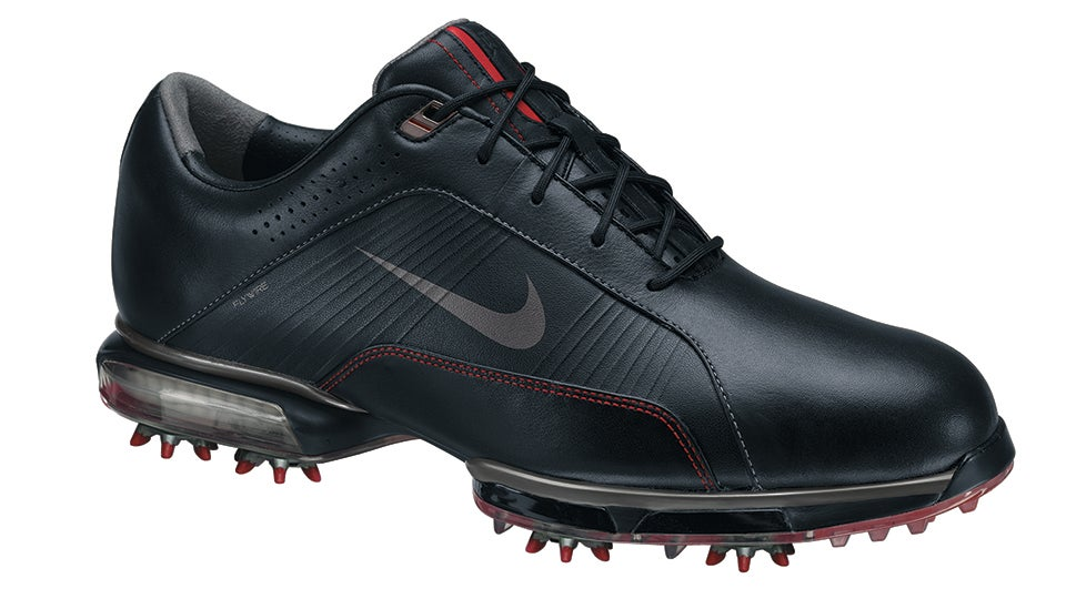 534145df54de Tiger Woods  Nike Golf Shoes Through the Years