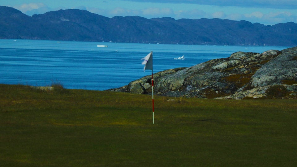greenland-golf.jpg