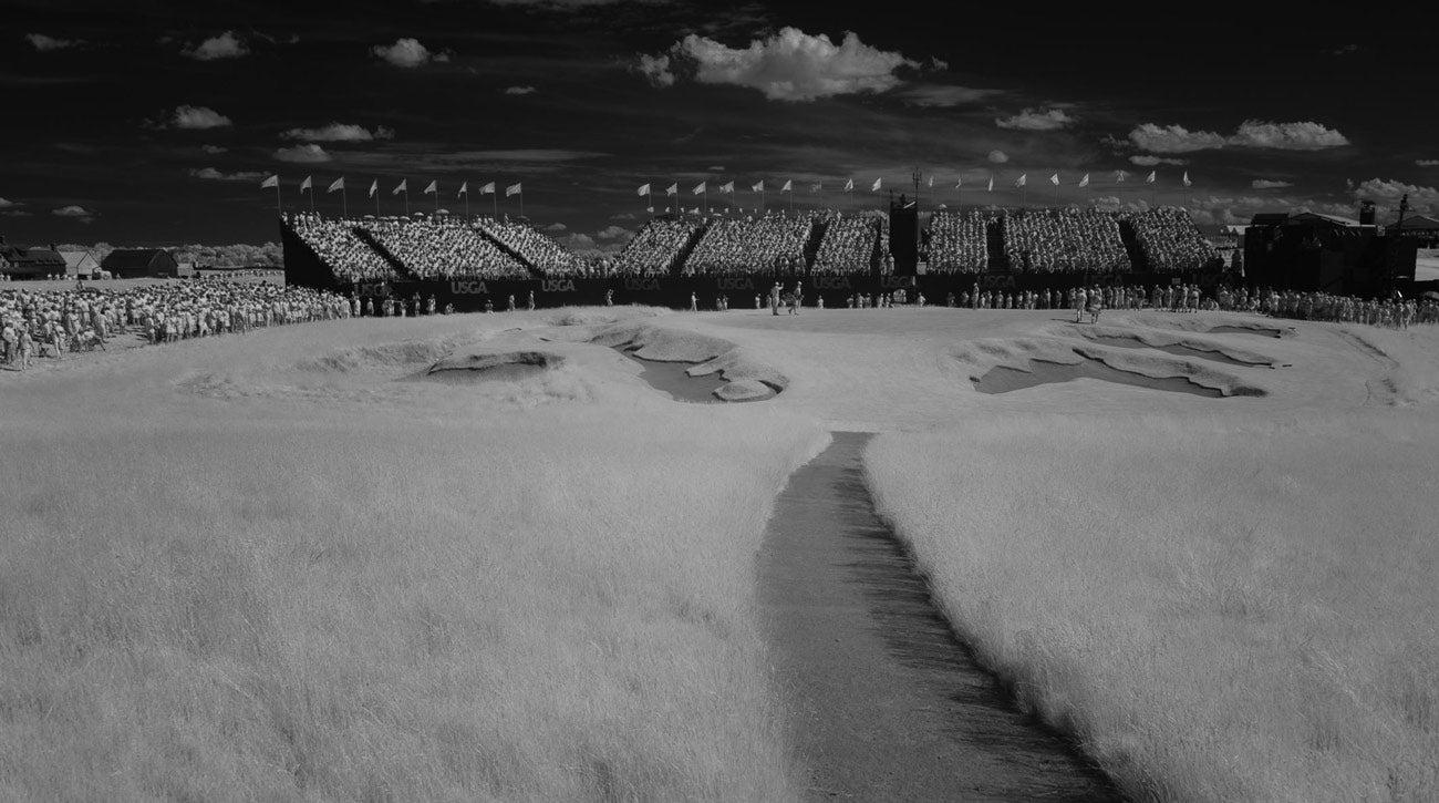 erin-hills-friday-black-and-white.jpg