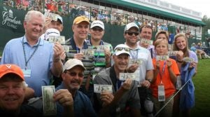 fans-hole-in-one-greenbrier-classic.jpg