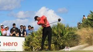 tiger-drive-getty.jpg
