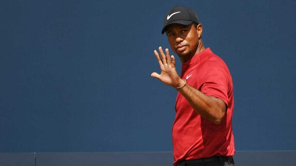 Tiger Woods is making moves at the British Open.