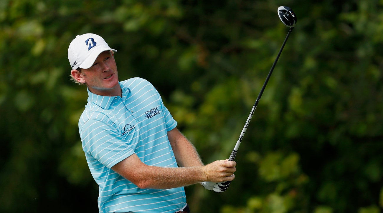 Snedeker retains lead as weather halts Wyndham