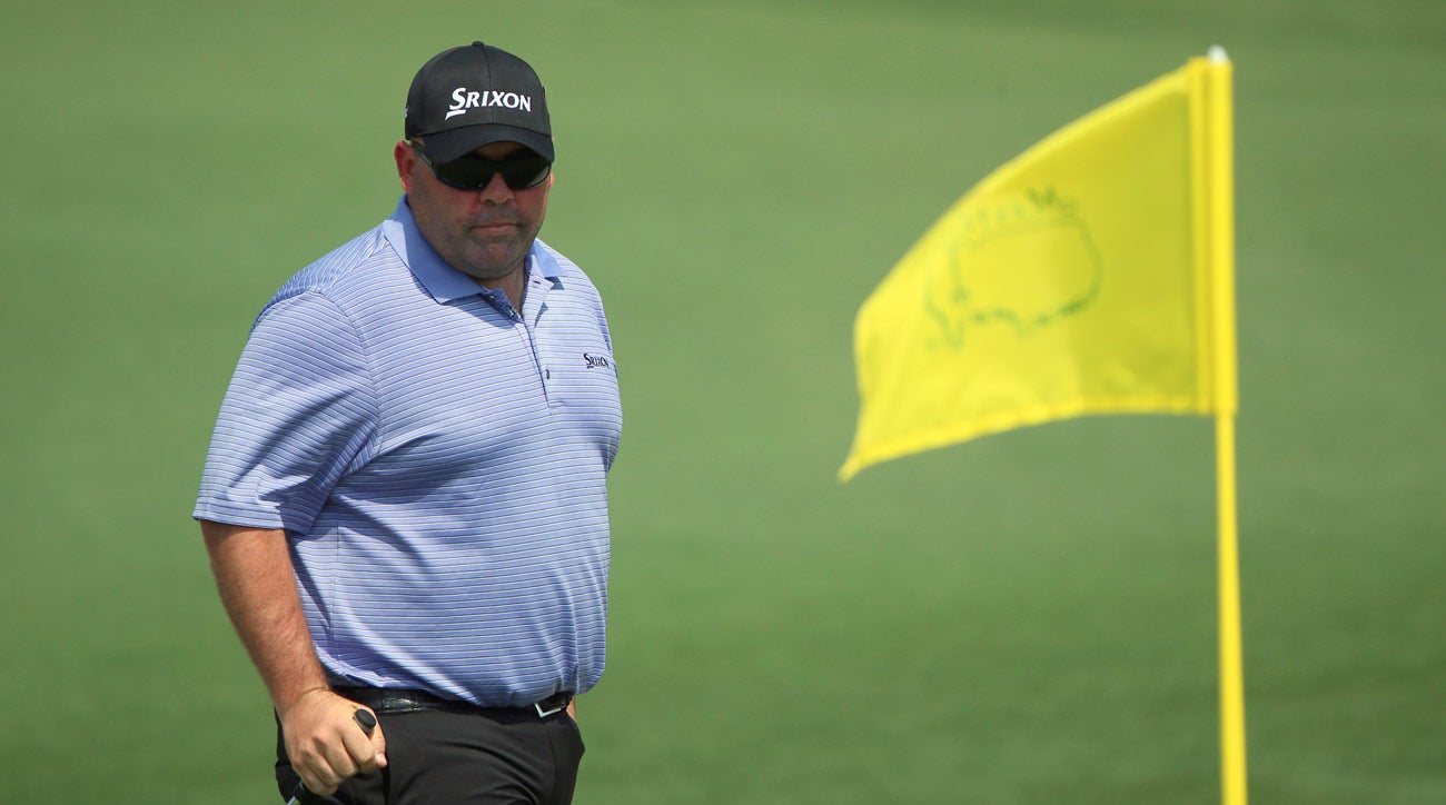 Kevin Stadler, golf fan hit with broken club