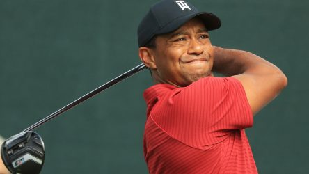 Tiger Woods with a new driver shaft at the Northern Trust.
