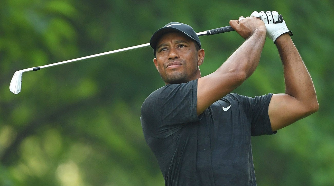 tiger woods finishes second