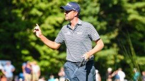 Webb Simpson made six birdies and an eagle in the second round of the Dell Technologies Championship.