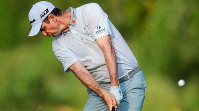 Be a better ballstriker: Compress the ball like Justin Rose in 4 steps