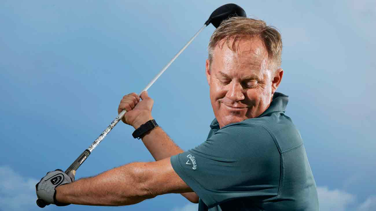 Feel the turn! This stretch will help you gain yards off the tee - Golf