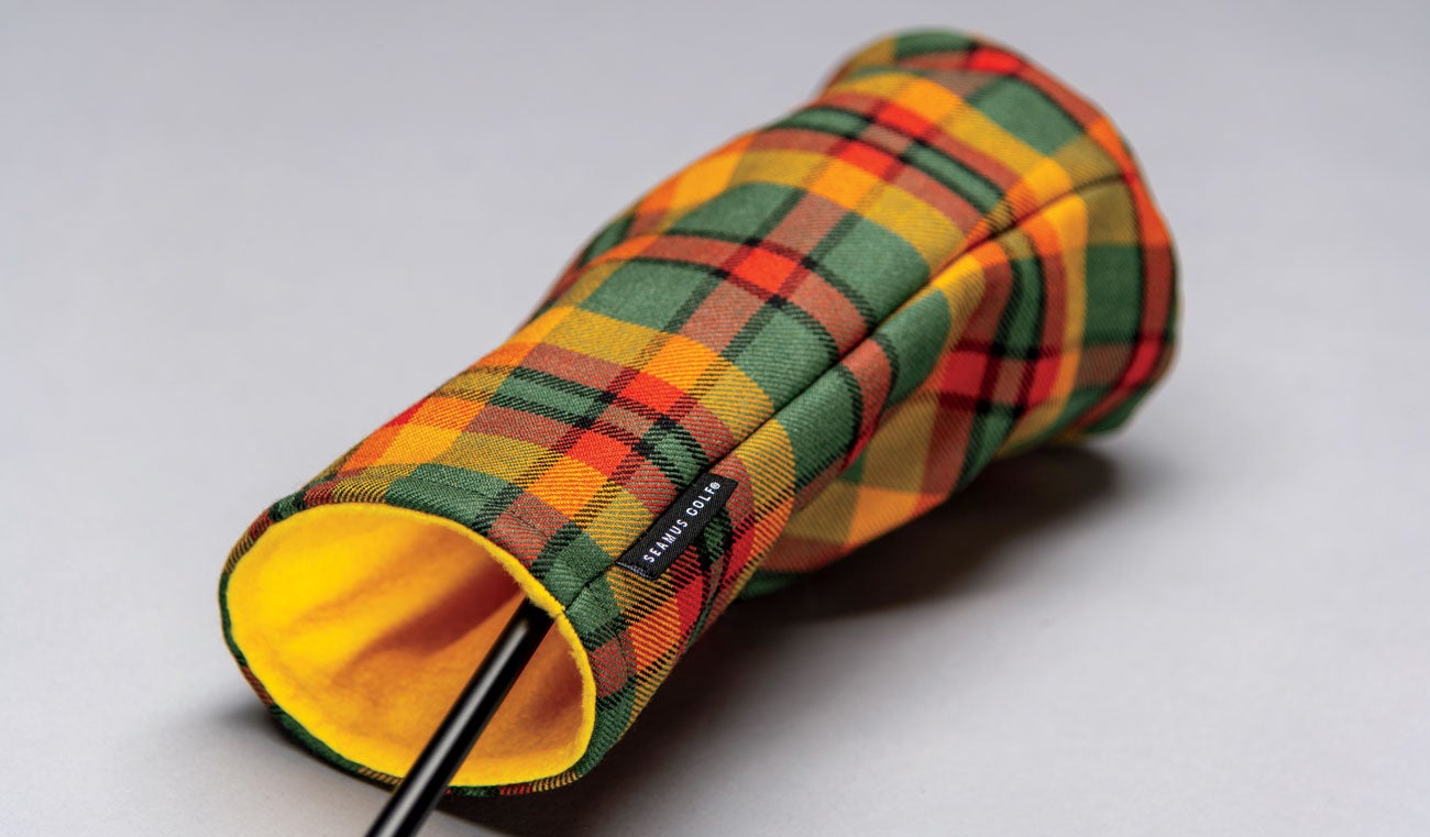 A Seamus golf headcover.