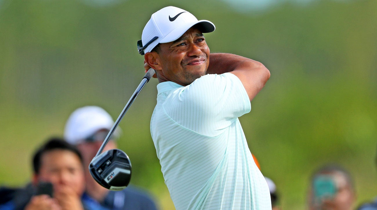 report  tiger woods won u0026 39 t begin season in hawaii after all
