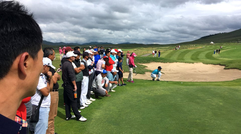 A crowd gathers for the playoff of the Mongolian National Open (with the winner going to the Asia Pacific Amateur in Singapore).