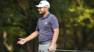 Tyrrell Hatton Phil Mickelson slow play