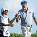 Matt Kuchar and El Tucan during the Mayakoba Golf Classic.