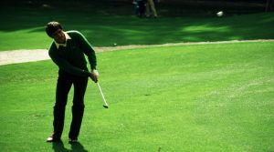 AUGUSTA, GA - APRIL 1983: Seve Ballesteros chips to the green during the 1983 Masters Tournament at Augusta National Golf Club in April 1983 in Augusta, Georgia. (Photo by Augusta National/Getty Images)