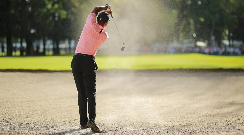 Tiger Woods bunker shot WGC-Mexico