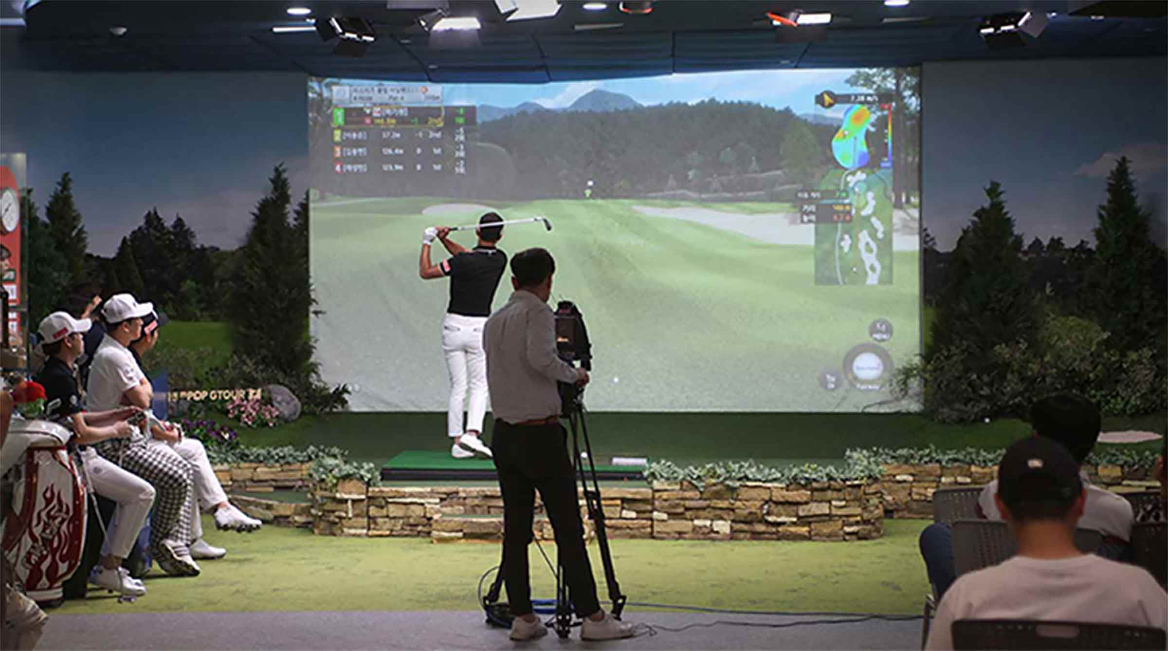 GolfZon simulator