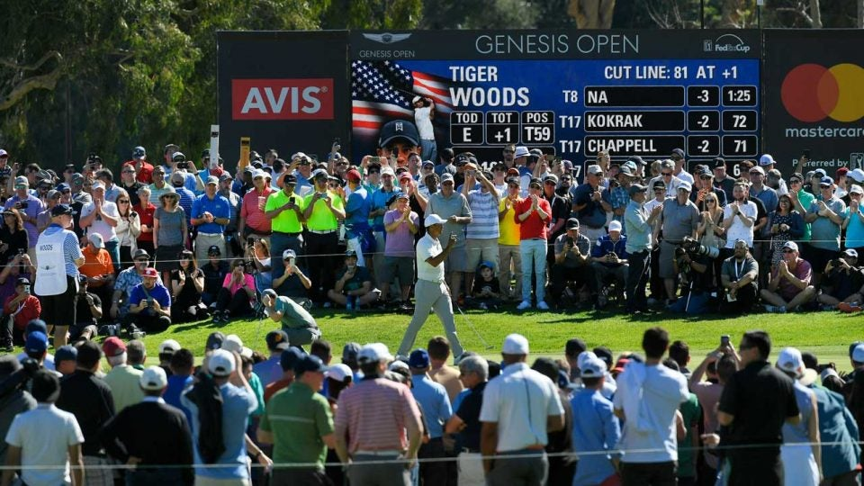 Massive crowds watch Tiger Woods at the 2018 Genesis Open at Riviera CC
