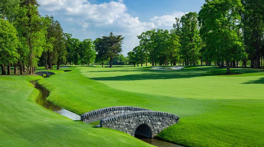Adare Manor offers golfers a picture-perfect setting.