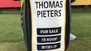 For Sale sign golf bag: THomas Pieters golf bag