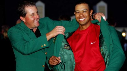Tiger Woods Mock collar Phil Mickelson