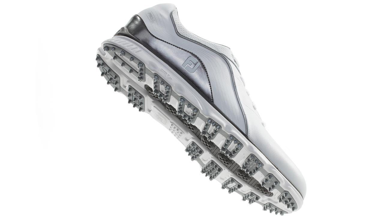Are Spikeless Golf Shoes Really As Good As Spikes Gear Guy Mailbag