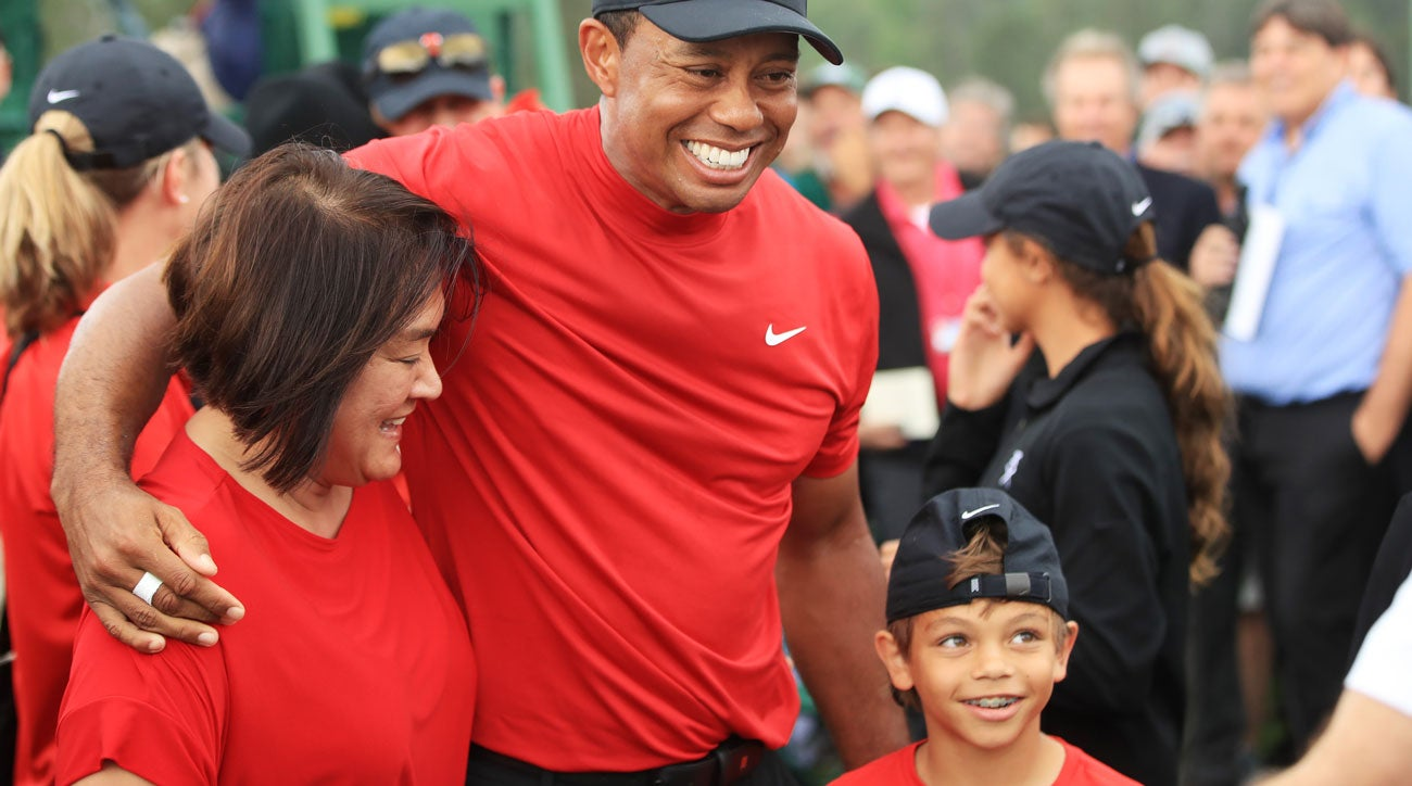watch  tiger woods celebrates with kids  mom  girlfriend