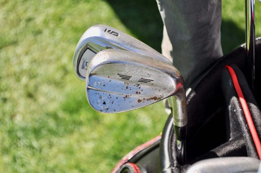 Kevin Kisner's raw Vokey SM7 wedges have a few sizable rust spots.