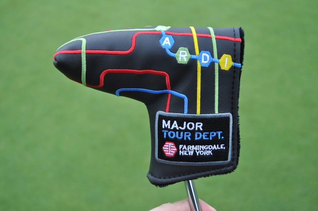 Bettinardi's major headcover offers a nod to the New York subway system.